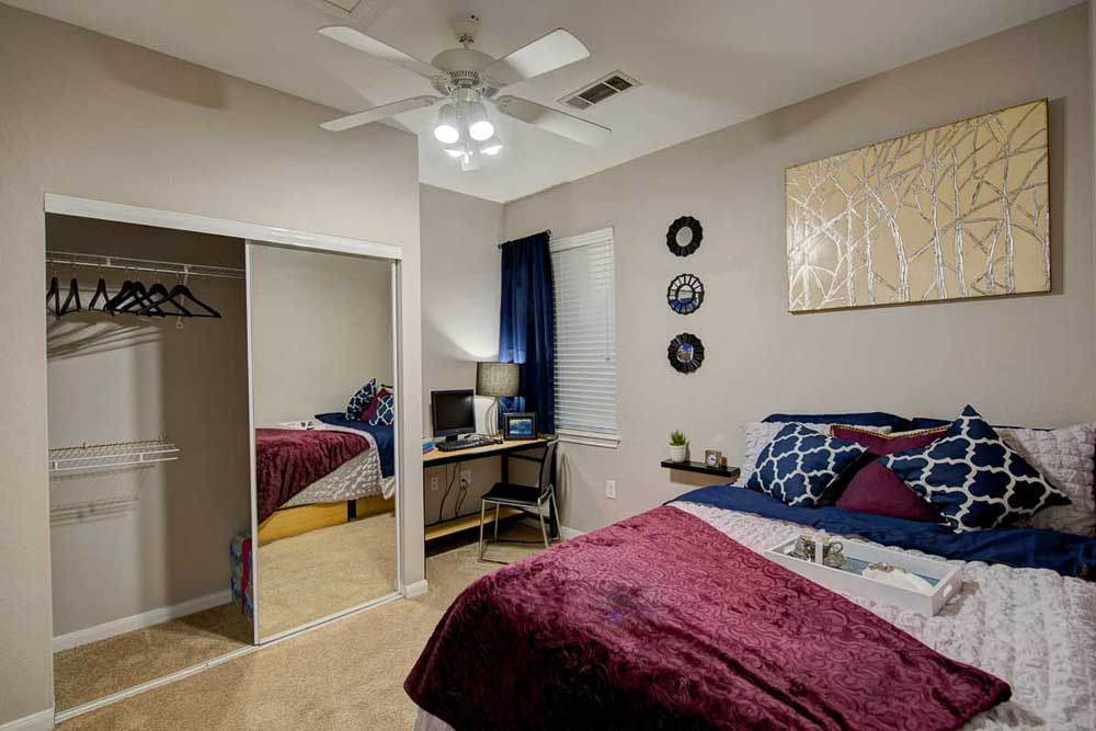 The-Ballpark-North-Austin-TX-Deluxe-1-Bed-Room-Unilodgers