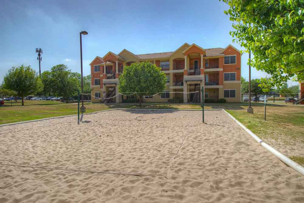 The-Ballpark-North-Austin-TX-Volleyball-Court-Unilodgers