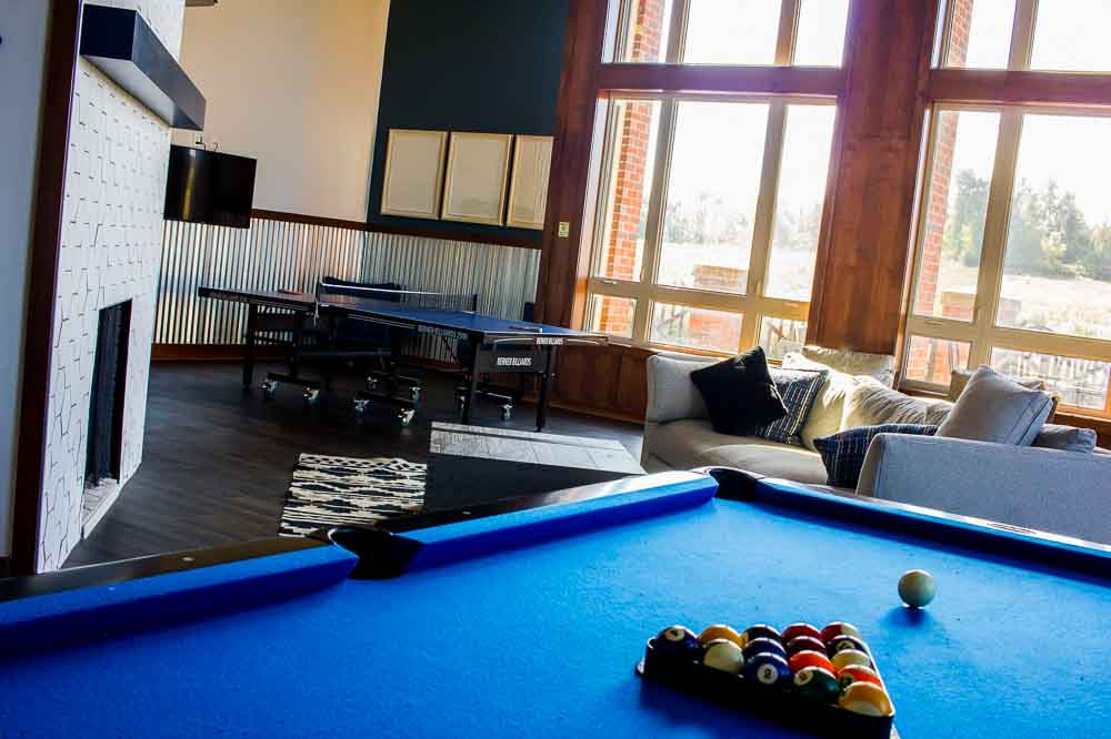 The-Brock-Brockport-NY-Game-Room2-Unilodgers