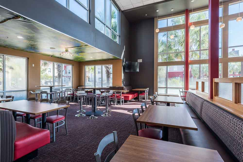 The-Cambridge-At-College-Station-TX-Dining-Area-Unilodgers