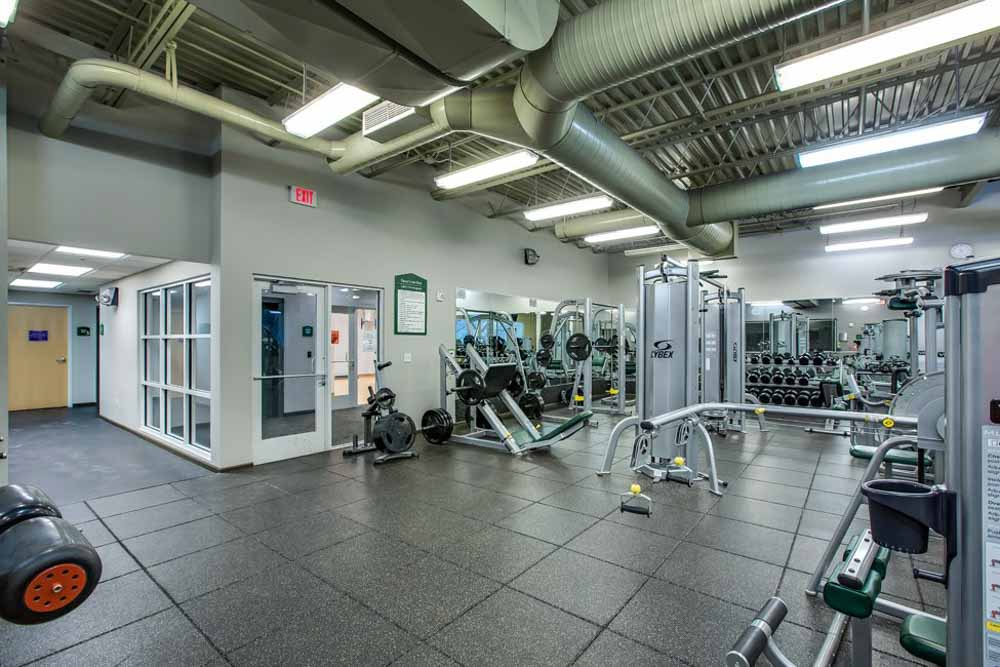 The-Club-At-Chandler-Crossings-East-Lansing-MI-Gym-Unilodgers