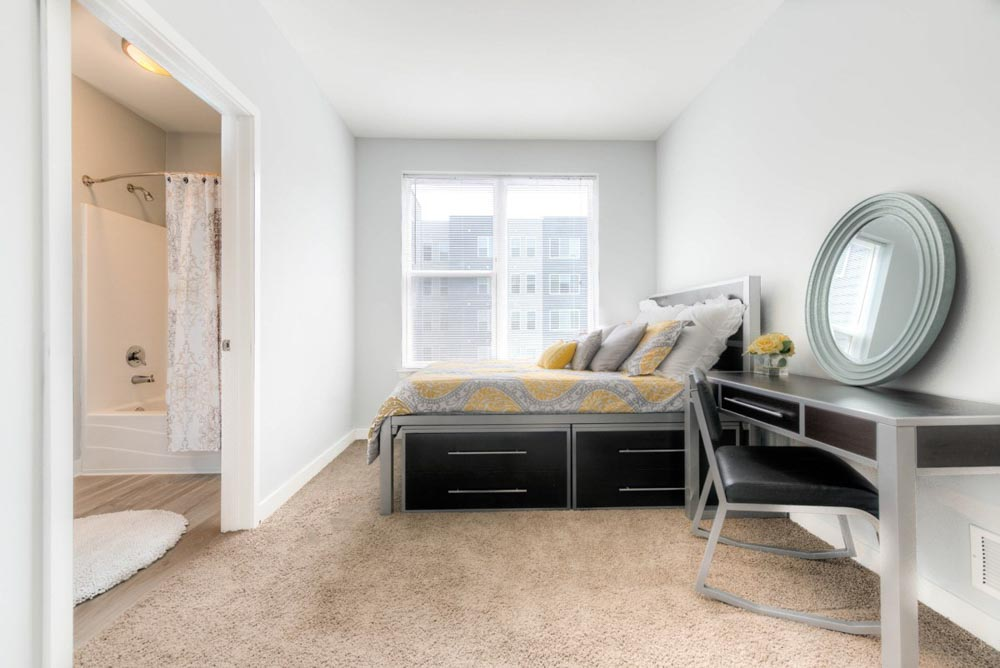 The-Clubhouse-Student-Apartments-Louisville-KY-Bedroom-2-Unilodgers