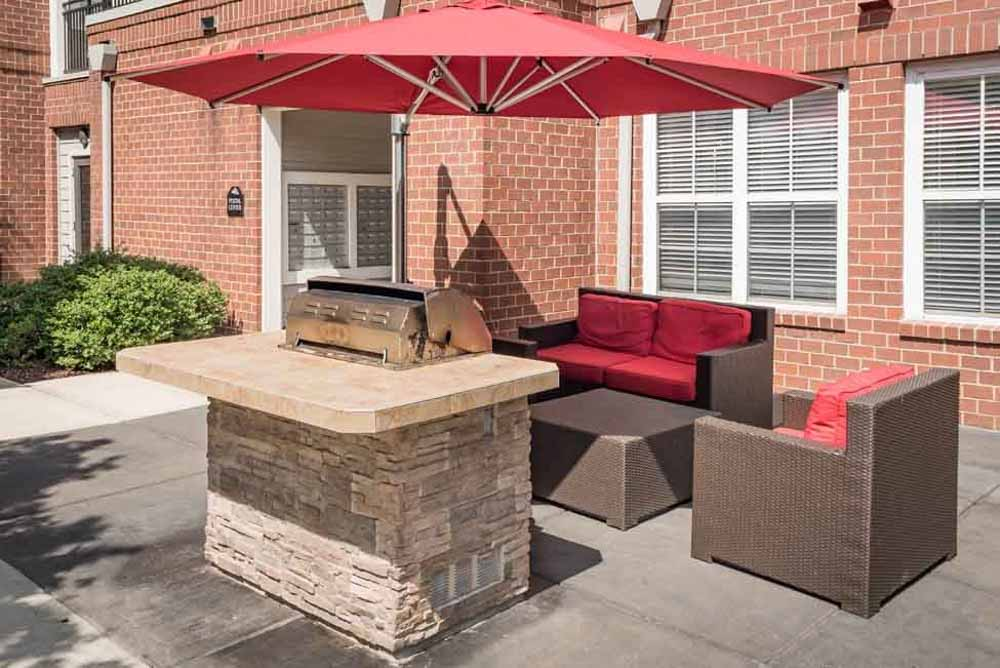 The-College-Inn-Raleigh-NC-BBQ-Area-Unilodgers