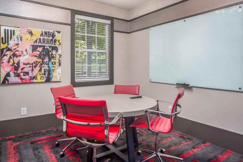 The-College-Inn-Raleigh-NC-Conference-Room-Unilodgers