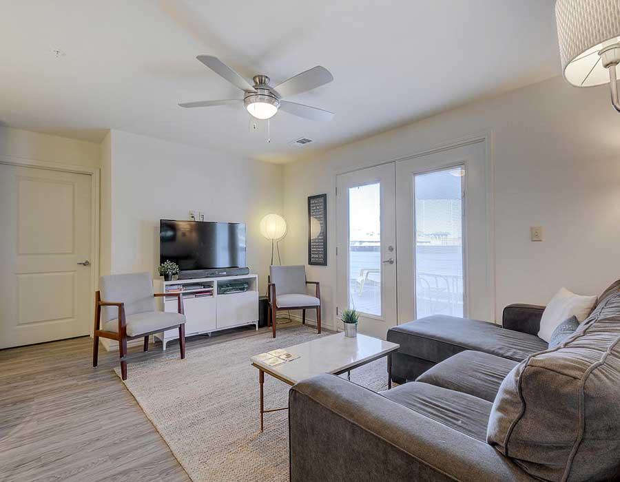 The-Corner-Austin-TX-Living-room-Unilodgers