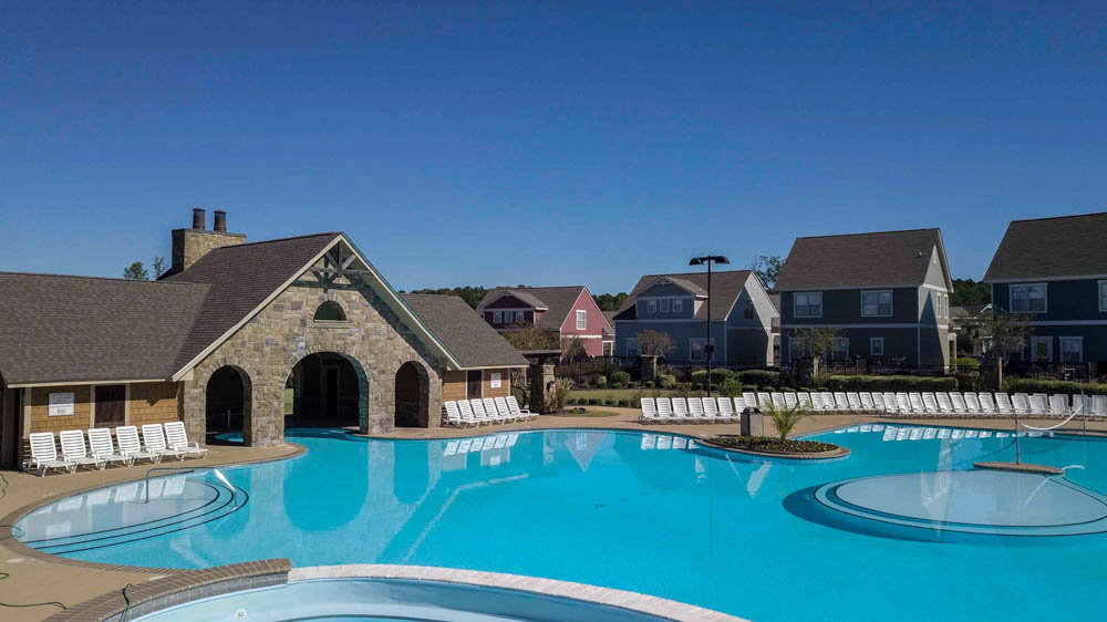 The-Cottages-At-Lake-Tamaha-Tuscaloosa-AL-Swimming-Pool-Unilodgers