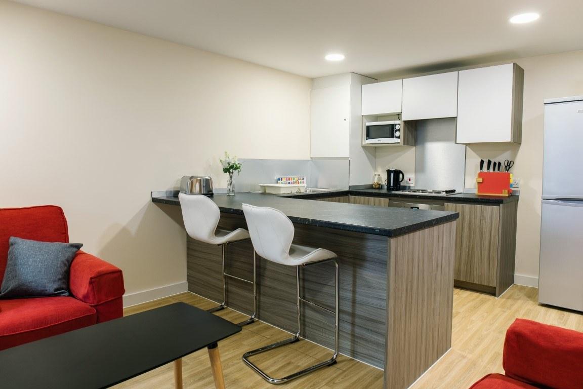 The-Cube-Bolton-En-Suite-Bedroom-1-Unilodgers-14957848132