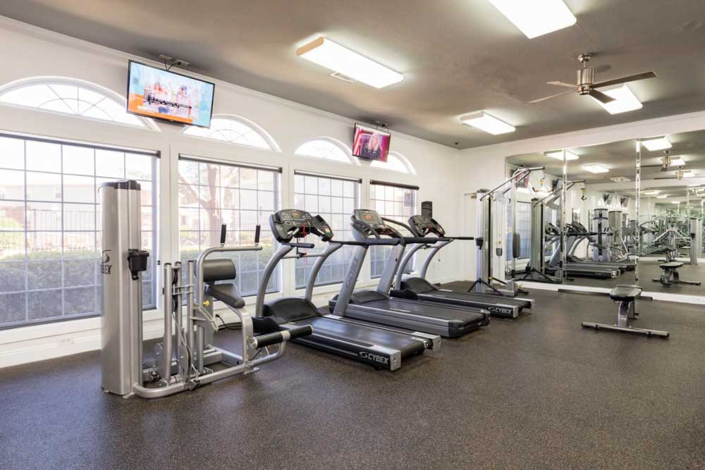 The-Davis-Greenville-NC-Gym-Unilodgers