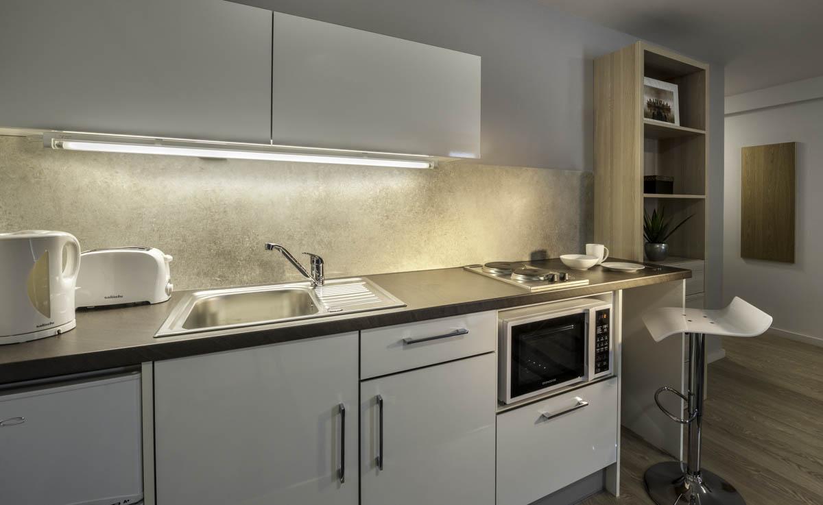 The-Electra-Liverpool-Studio-Kitchen-Unilodgers