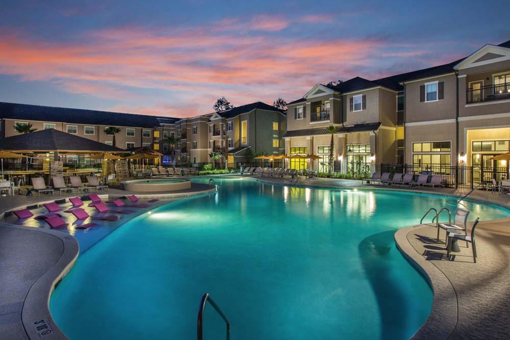 The-Exchange-At-Baton-Rouge-Baton-Rouge-LA-Swimming-Pool-Unilodgers