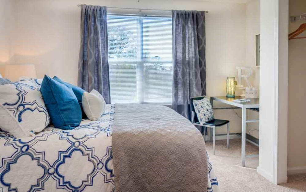 The-Flats-At-Carrs-Hill-Athens-GA-Bedroom-2-Unilodgers