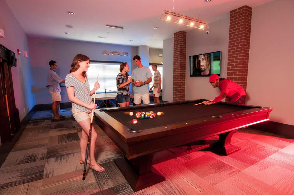 The-Flats-At-Carrs-Hill-Athens-GA-Pool-Table-Unilodgers