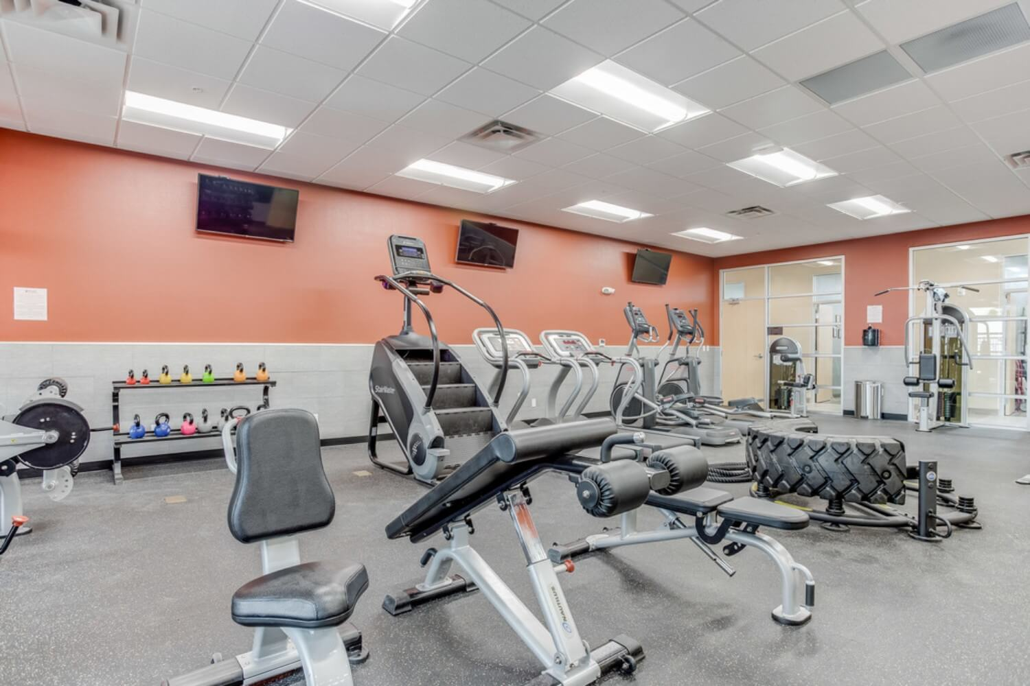 The-Flats-At-Ridgeview-Las-Cruces-NM-Gym-Unilodgers