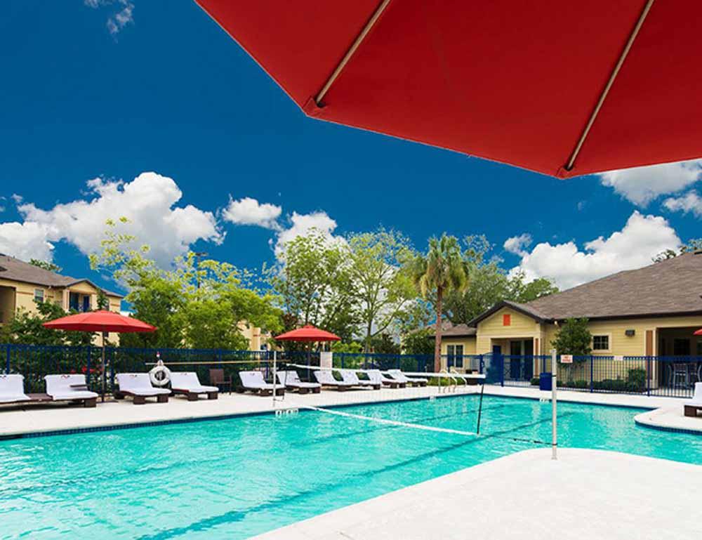 The-Forum-At-Sam-Houston-Huntsville-TX-Swimming-Pool-Unilodgers