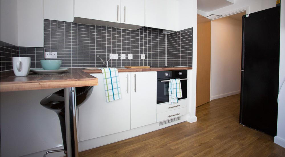 The-Glasshouse-Nottingham-Classic-1-Bed-Apartment-03-Unilodgers