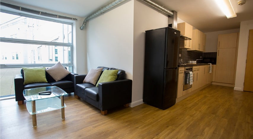 The-Glasshouse-Nottingham-Classic-1-Bed-Apartment-05-Unilodgers