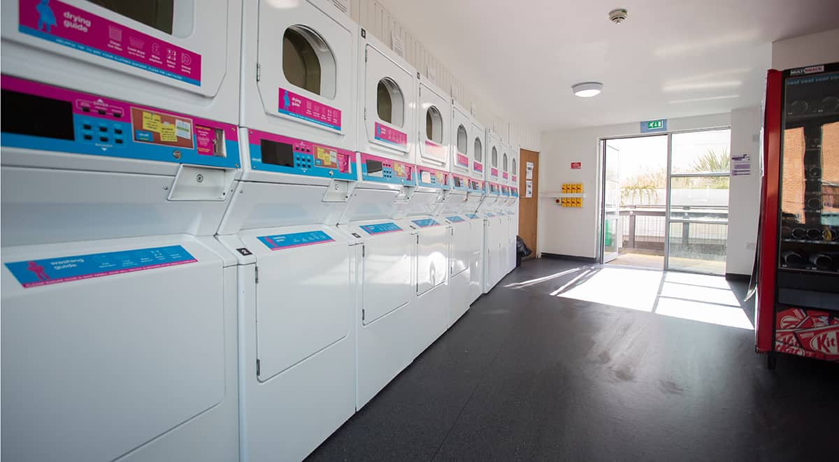 The-Glasshouse-Nottingham-Laundry-Area-Unilodgers