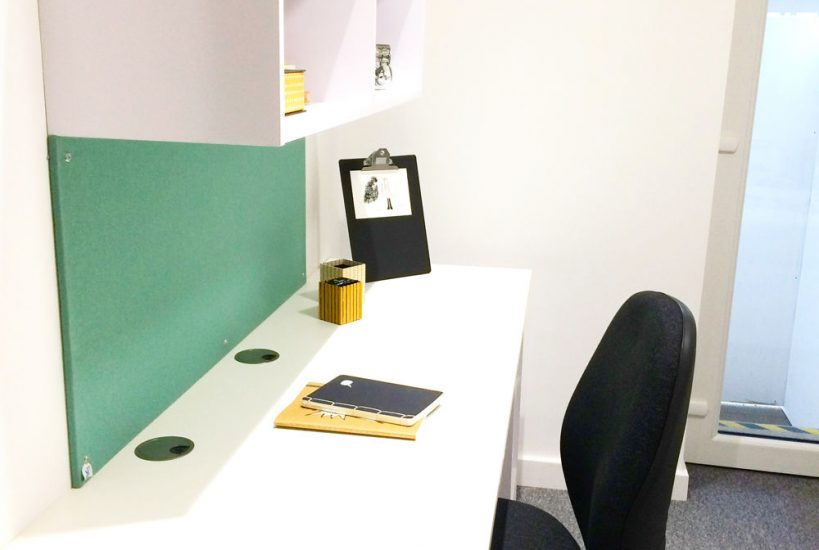 The-Glassworks-Leicester-Study-Desk-Unilodgers