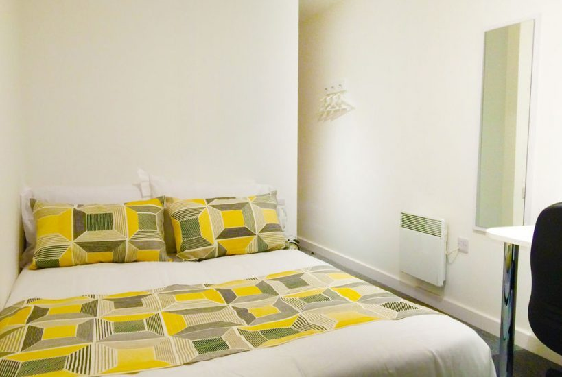 The-Glassworks-Leicester-Bedroom-Unilodgers