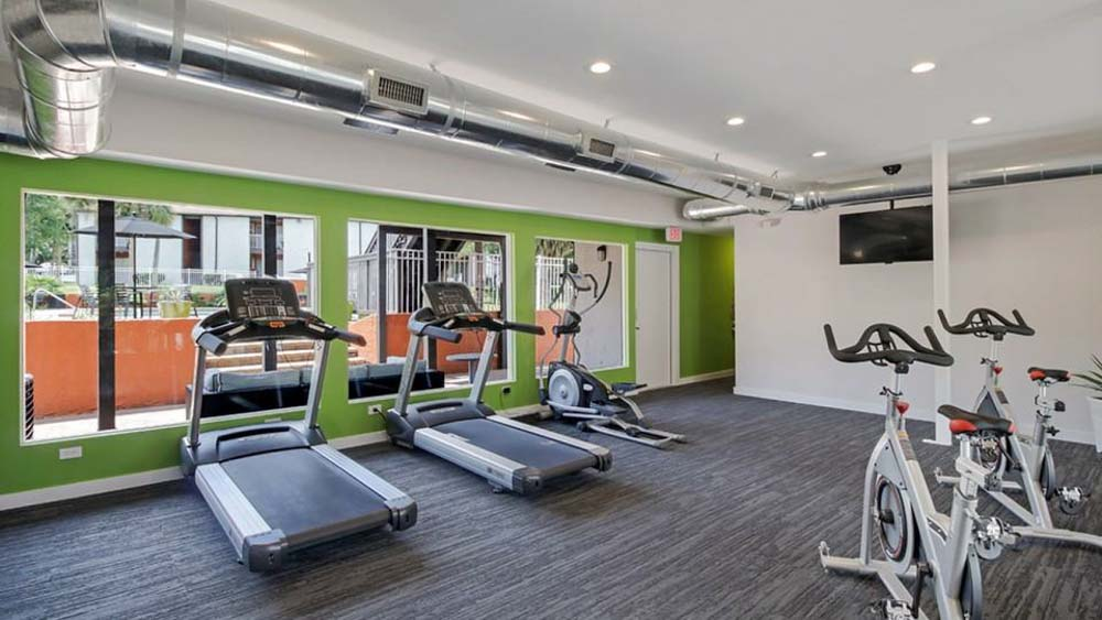 The-Hub-At-Tallahassee-Apartment-Homes-Tallahassee-FL-Gym-Unilodgers