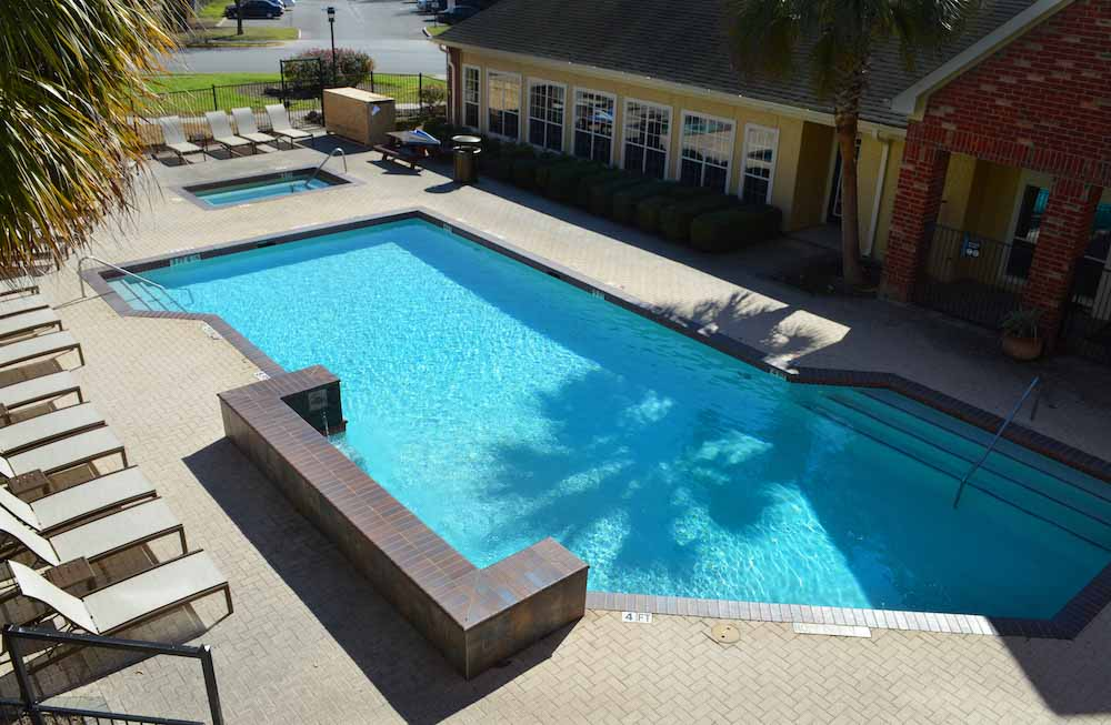 The-Junction-San-Marcos-TX-Swimming-Pool-Unilodgers