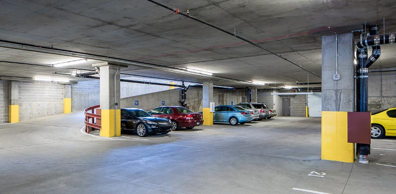 The-Knoll-Minneapolis-MN-Car-Parking-Unilodgers