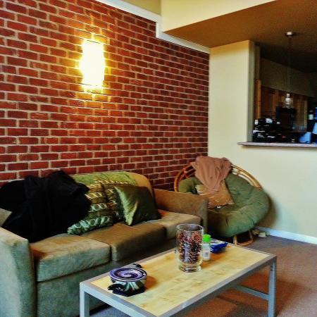 The-Lofts-Morgantown-WV-Living-Unilodgers
