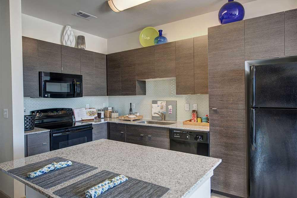 The-Luxx-San-Antonio-TX-Kitchen-Unilodgers