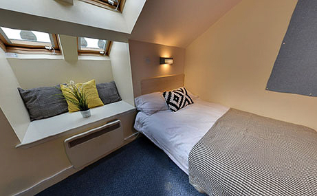 The-Old-Fire-Station-Aberdeen-Ensuite-Room-2-Unilodgers