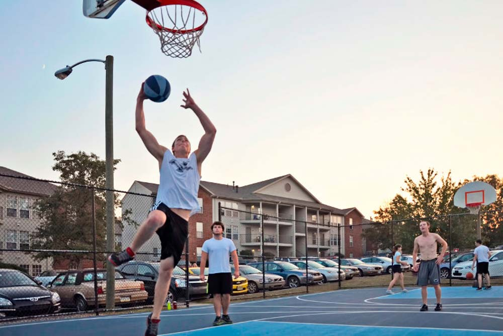 The-Park-at-State-College-PA-Basketball-Court-Unilodgers