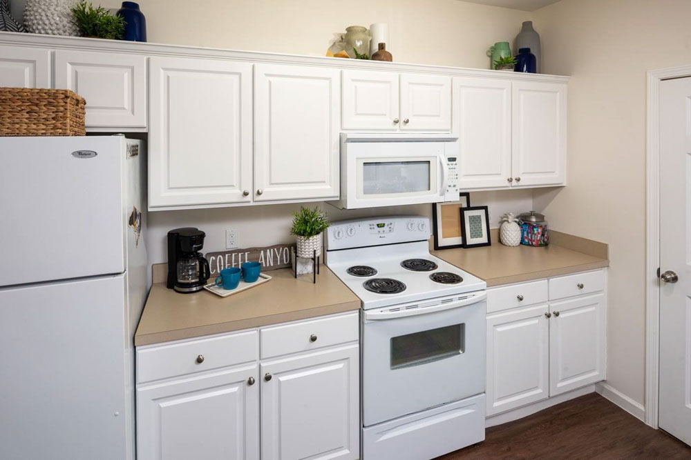 The-Province-At-ECU-Greeneville-NC-Kitchen-Unilodgers