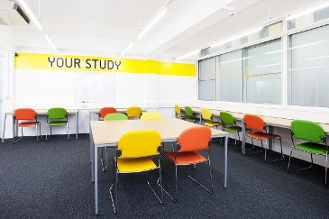 The-Rackhay-Bristol-Study-Room-Unilodgers