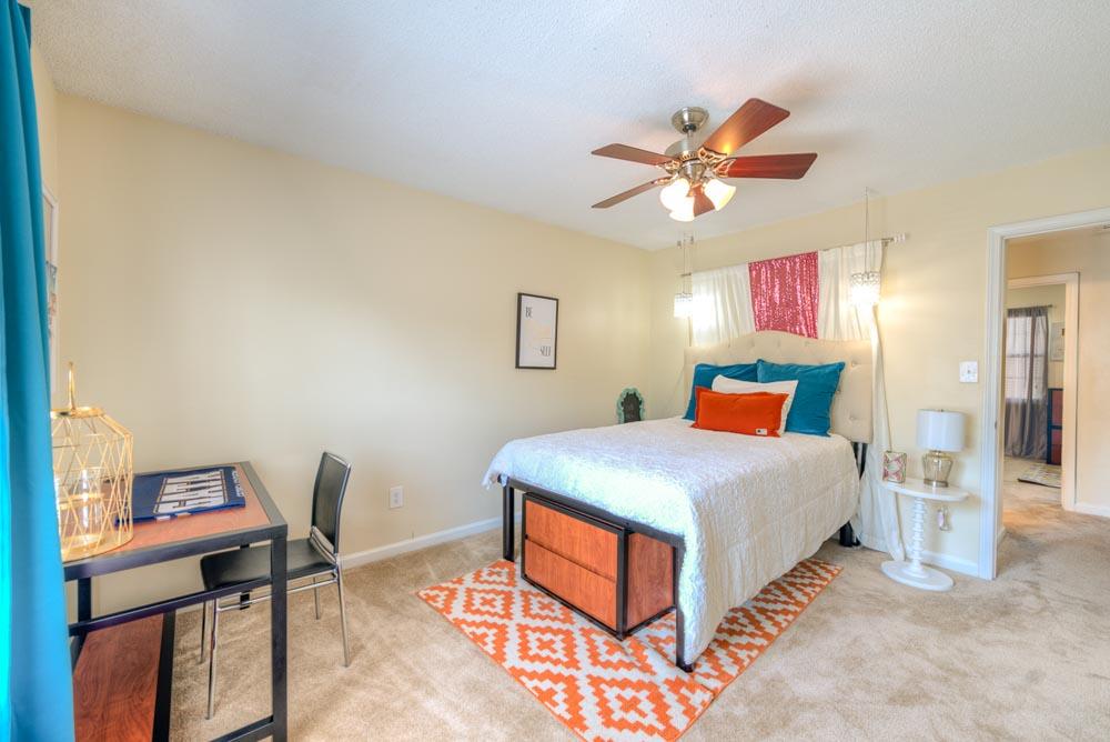 The Renaissance Student Apartments - Statesboro, GA ...