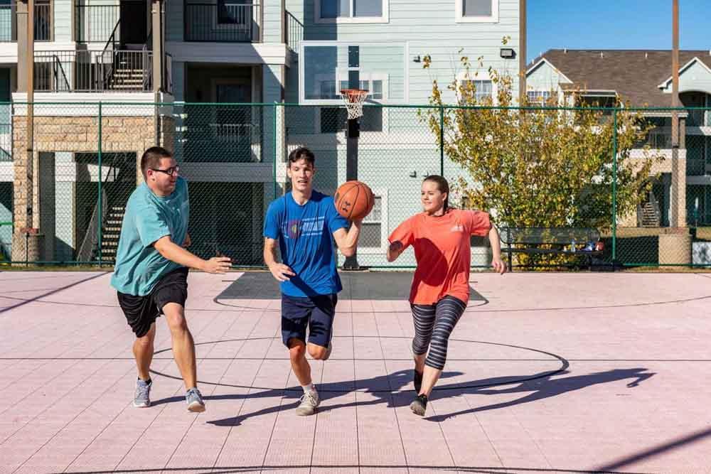 The-Reserve-On-Perkins-Stillwater-OK-Basketball-Court-Unilodgers