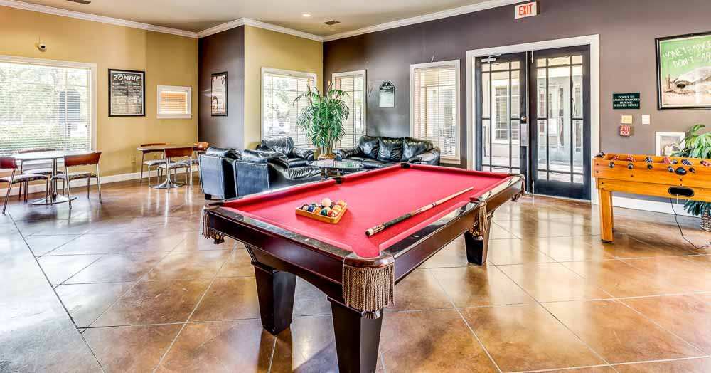 The-Ridge-At-North-Texas-Denton-TX-Game-Room-Unilodgers