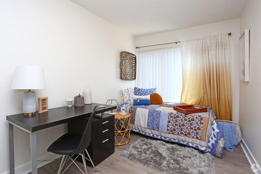 The-Slo-Student-Living-San-Luis-Obispo-CA-Bedroom-2-Unilodgers
