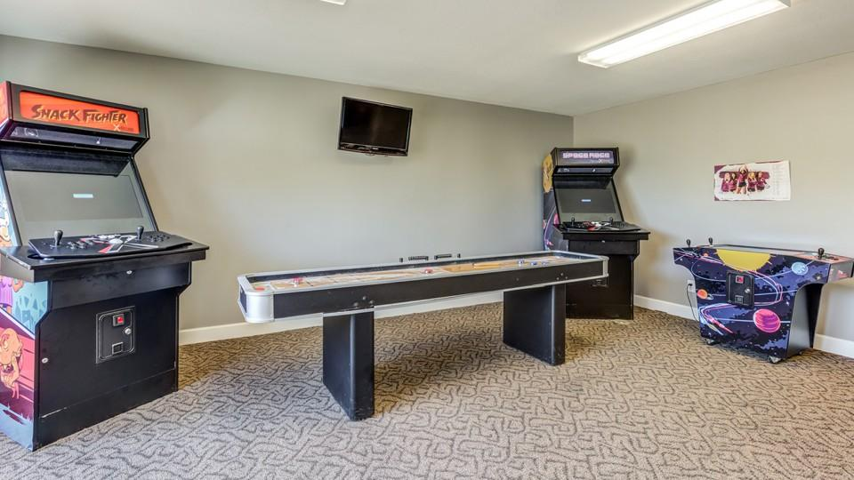 The-Social-Campus-Starkville-MS-Games-Room-Unilodgers