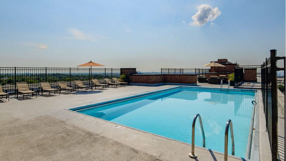 The-Social-North-Charles-Baltimore-MD-Swimming-Pool-Unilodgers