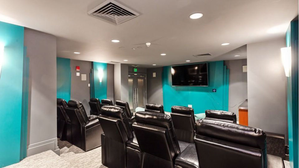 The-Social-North-Charles-Baltimore-MD-Theatre-Room-Unilodgers