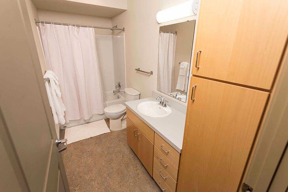 The-Sonja-Element-Communities-Eugene-OR-Bathroom-Unilodgers