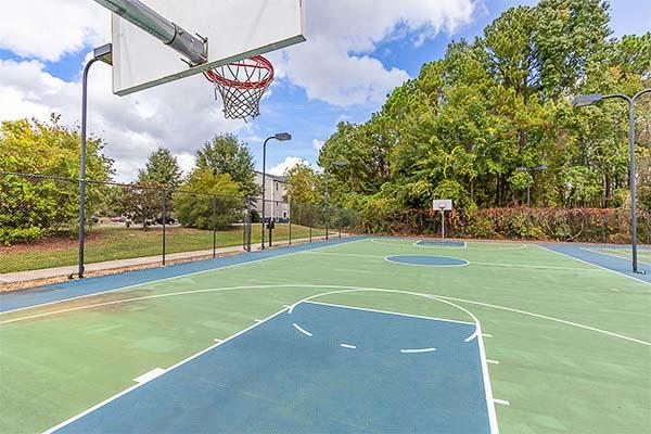The-Vault-At-Statesboro-GA-Basketball-Court-Unilodgers