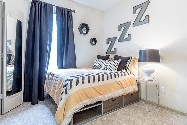 The-Vault-At-Statesboro-GA-Bedroom-Unilodgers