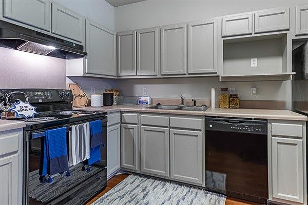 The-Vault-At-Statesboro-GA-Kitchen-Unilodgers