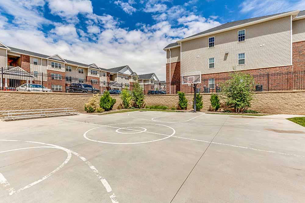 The-Verge-Laramie-WY-Basketball-Court-Unilodgers