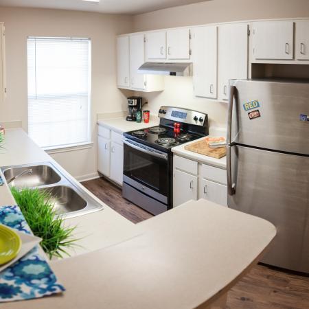 The-View-Lincoln-NE-Kitchen-Unilodgers