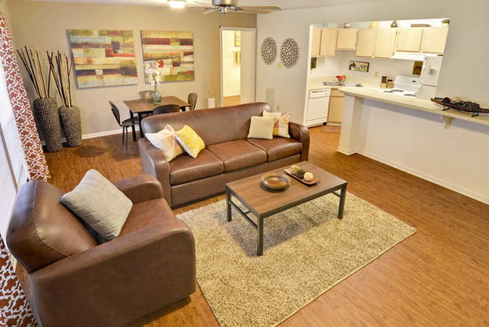 The-Village-At-Blacksburg-VA-Living-Area-With-Dining-Table-Unilodgers