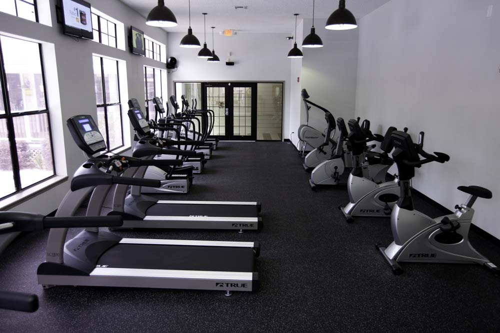 The Pavillion on 62nd-Gainesville-FL-Gym-Unilodgers