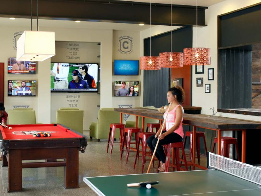 The View - Valley View Villas-Albuquerque-NM-Games Room-Unilodgers