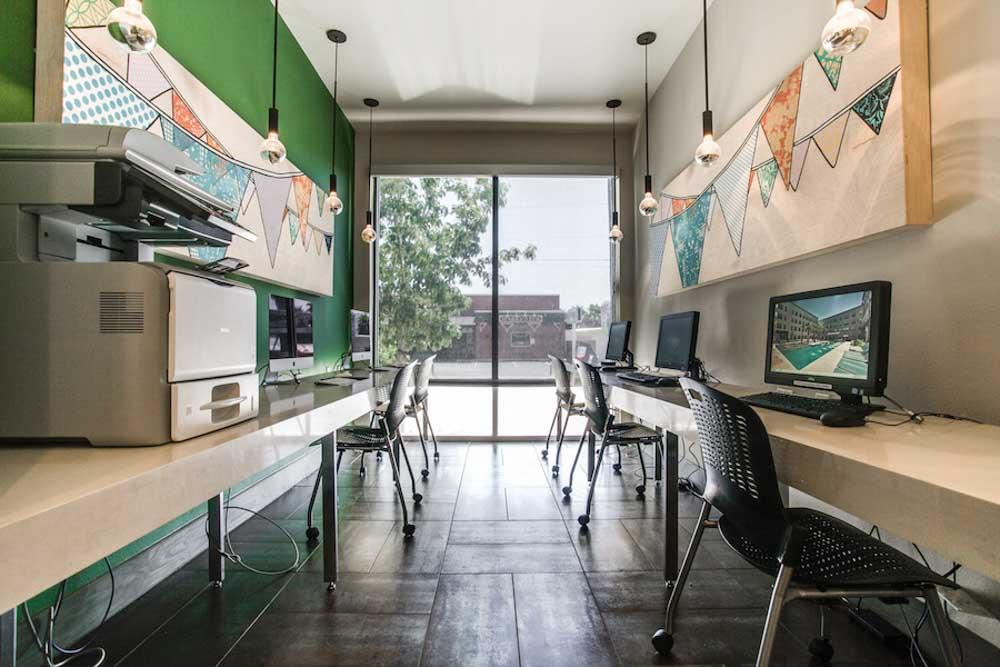Tobin-Lofts-San-Antonio-TX-Computer-Lounge-Unilodgers