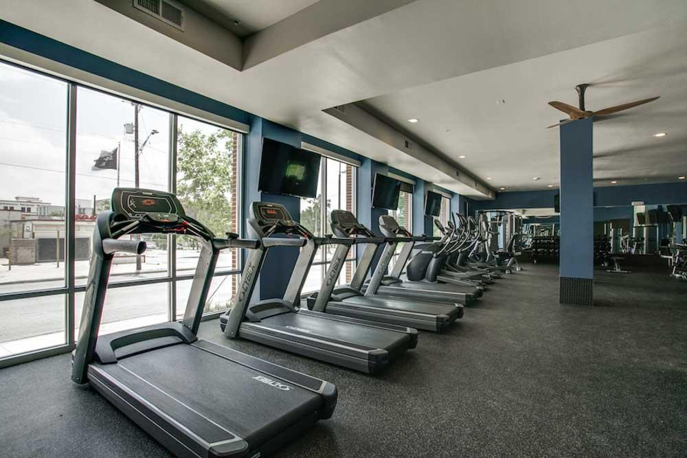 Tobin-Lofts-San-Antonio-TX-Gym-Unilodgers